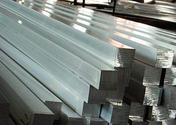 Квадрат стальной: виды, преимущества, область применения, особенности