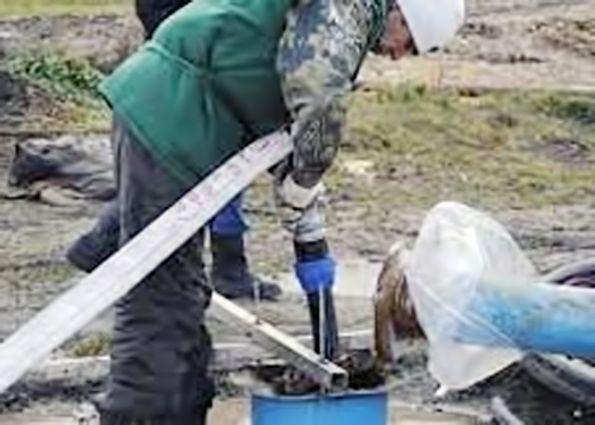 Очистка скважины: причины загрязнения, способы очистки