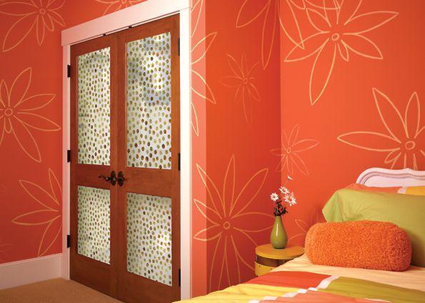 Декор двери обоями своими руками 73