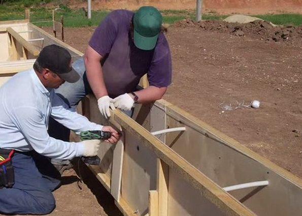Строительство ленточного монолитного фундамента своими руками