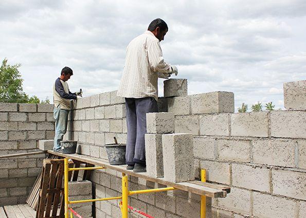 Дома из керамзитобетонных блоков: плюсы и минусы материала, технические характеристики, виды блоков, особенности строительства