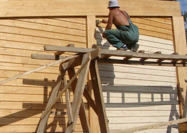 Деревянный дом – если пора красить. Все о покраске деревянного дома