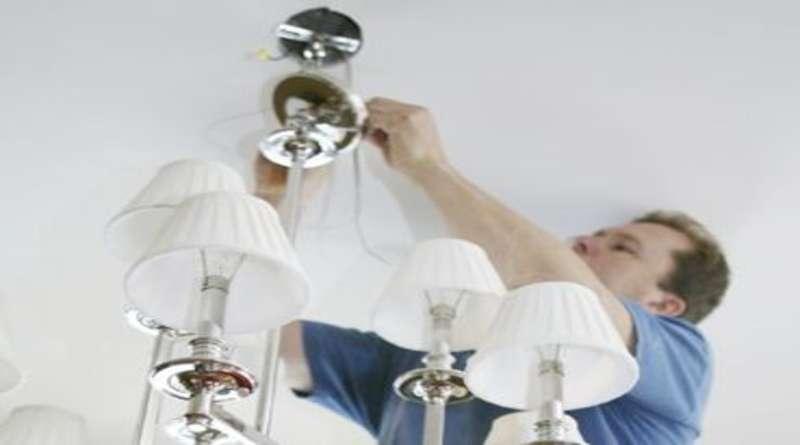 Крепеж для люстры к потолку