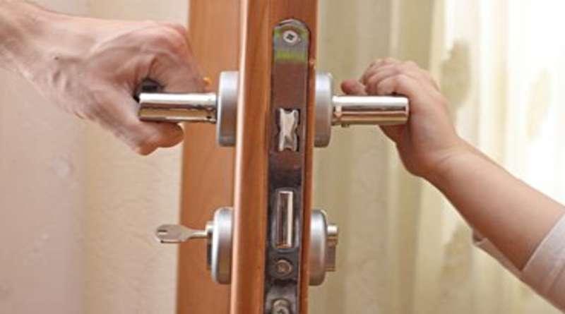 Дверной замок для межкомнатной двери