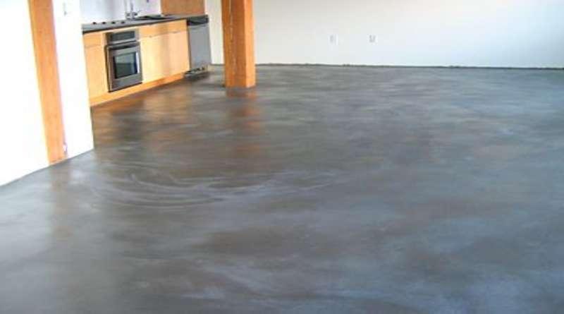 Как выровнять бетонный пол своими руками?