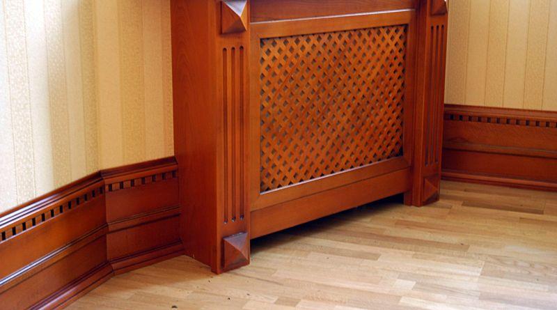 Деревянный плинтус (фото): особенности, критерии выбора, монтаж