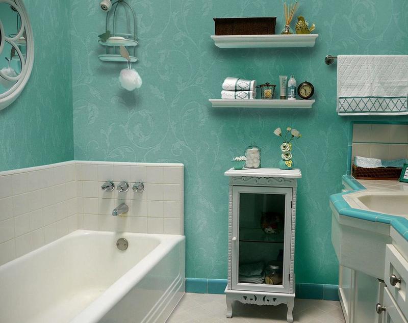 стеклообои в интерьере ванной