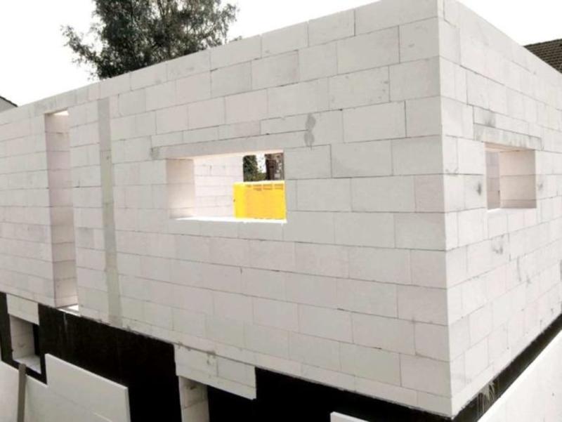 Пеноблоки для строительства дома: преимущества и недостатки, особенности выбора, этапы кладки