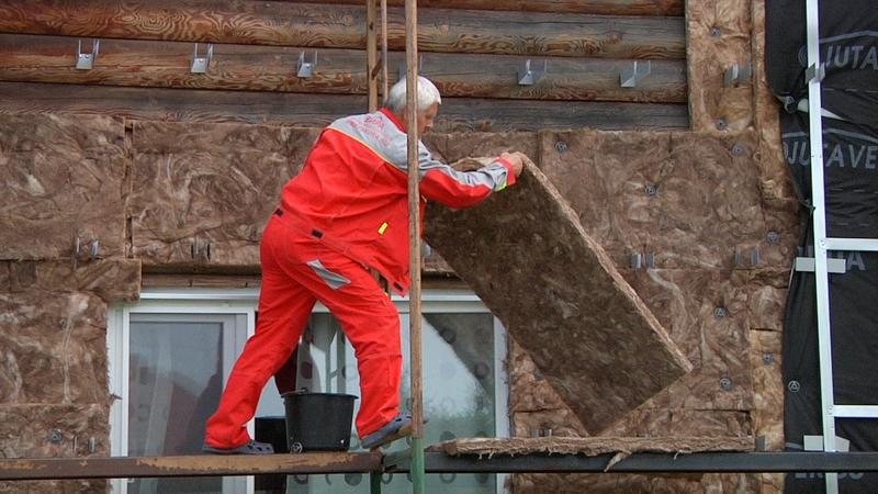 Утепление деревянного дома снаружи: особенности, способы, технология монтажа минваты