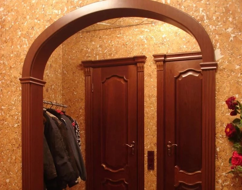 арка в коридор 1